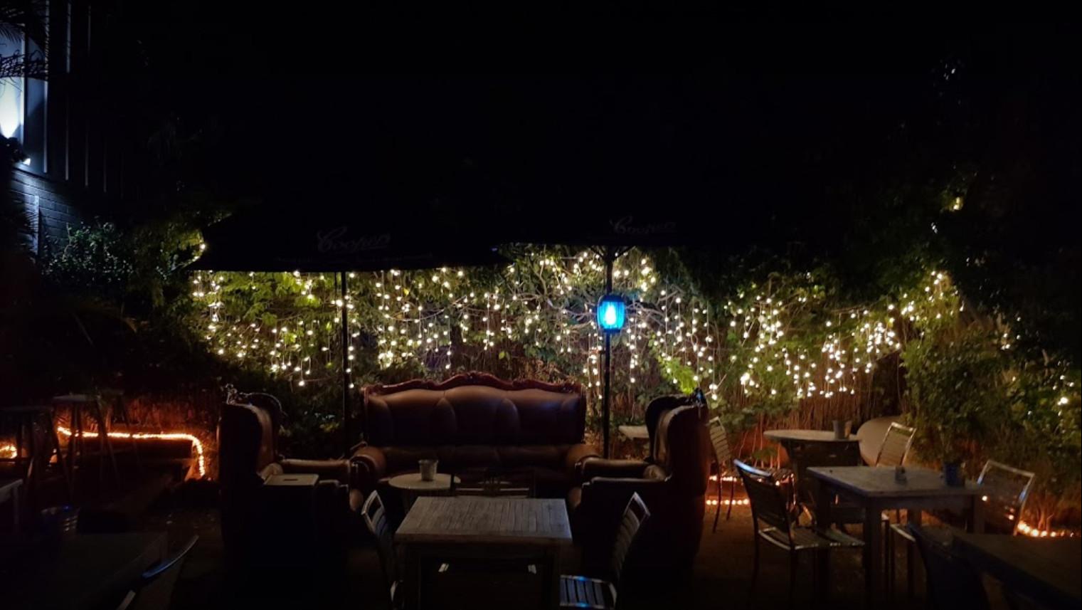 Glebe's Bed Bar