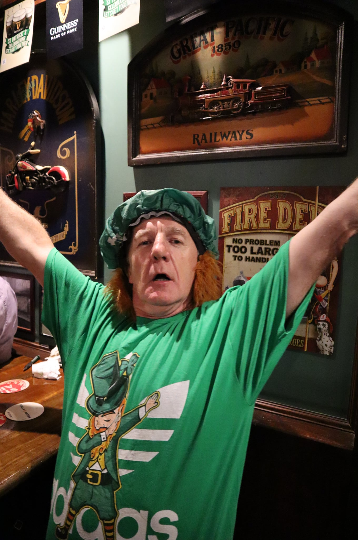 McGintys Irish Bar